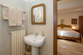 Bagno stanza oro dettaglio
